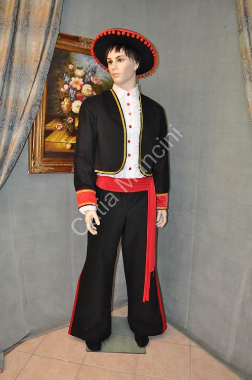 ... costumi fantastici per ogni tipo di invenzione creativa o carnevalesca