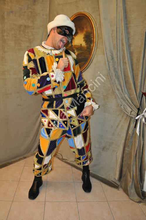 Commedia-teatro-costume / arlecchino-commedia-dell'arte-costume (8