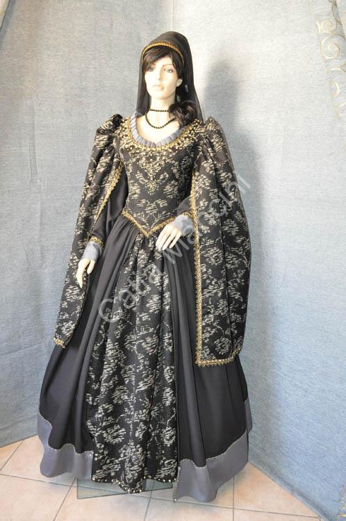 Abbigliamento-donna-medioevo (8)