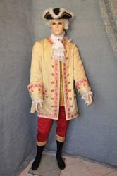 Vestiti del 1700 Uomo Produzione Vendita su misura Costumi Carnevale ... 5af9126ab76