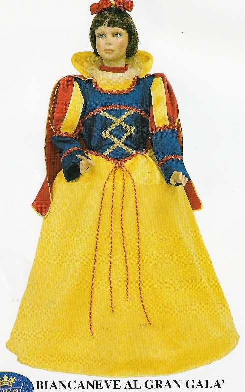 7b15c0a2fe4e Come fare un costume da Biancaneve - Fai da Te Mania. Biancaneve vestito